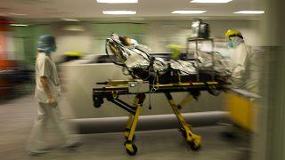 Covid-19: Hospitais da Bélgica à beira da ruptura