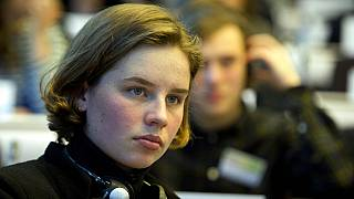 Auna de Wever, la 'Greta Thunberg belga' en el edificio Charlemagne de Bruselas