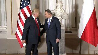 الرئيس الأمريكي دونالد ترامب في لقاء مع نظيره البولندي أندريه دودا