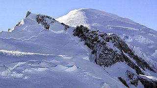 جبل مون بلان بفرنسا المصنّف محمية طبيعية