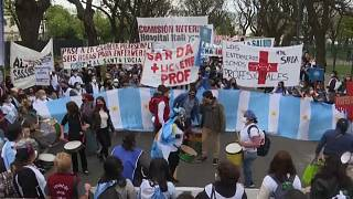 Argentina's nurses demand better working conditions as pandemic rages on