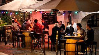 Fransa'da bir bar