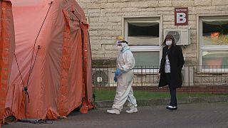 В Польше число случаев заражений коронавирусом за сутки превысило 13 тысяч