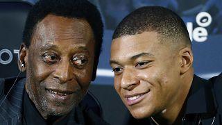 Pelé im April 2019 in Paris an der Seite des französischen Superstars Kylian Mbappé