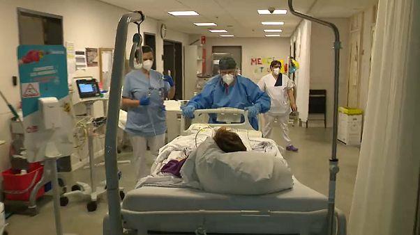 Hamarosan kapacitásuk végére érnek a belga kórházak a koronavírus miatt