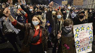 Polen: Proteste gegen verschärftes Abtreibungsrecht
