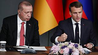 Erdogan questiona saúde mental de Macron