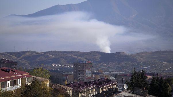 Nagorno-Karabakh sem sinais de tréguas