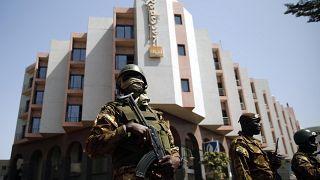 Le principal suspect des attentats de Bamako absent du procès ?