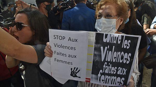 مظاهرة مناهضة للعنف ضد المرأة في الجزائر