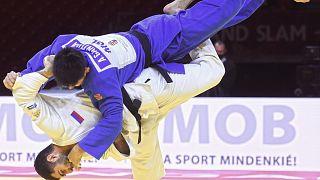 شاهد: الروس يأكدون هيمنتهم بحصدهم لخمس ميداليات في ختام بطولة الجودو في المجر