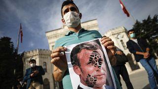 Fransa, boykot çağrılarına tepki gösterdi.