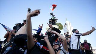 Chilenos celebran el resultado del referéndum