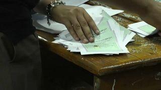 Cloture de la première phase des législatives égyptiennes