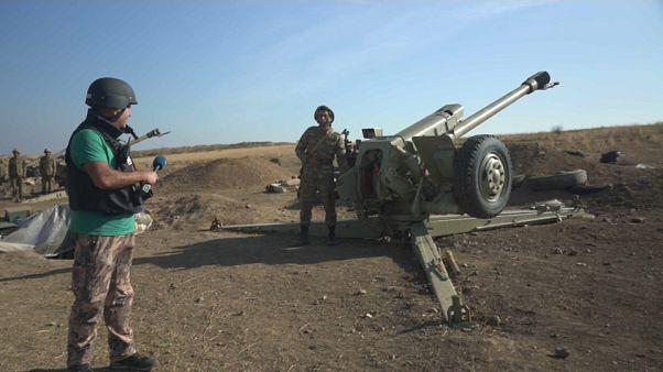 Nem csitulnak a harcok Hegyi-Karabahban