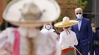 simpatizzanti delle comunità ispaniche incontrano Joe Biden a Las Vegas
