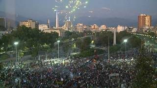 شاهد: الآلاف يحتفلون في تشيلي بنتيجة الاستفتاء على تغيير الدستور