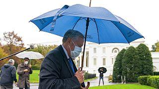 """""""Nous n'allons pas maîtriser la pandémie"""" déclare la Maison Blanche"""