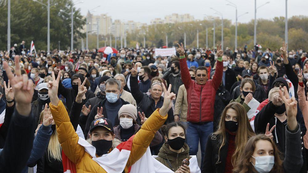 Belarus: Opposition says general strike underway as Lukashenko ignores call to resign