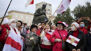 Λευκορωσία: Απεργία και πορείες