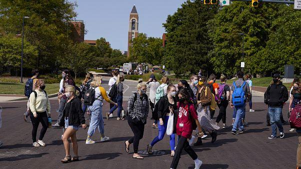 Des étudiants sur le campus de l'université de Ball State à Muncie - Indiana, Etats-Unis -, le 10 septembre 2020