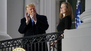 Donald Trump jubile avec la confirmation de la juge conservatrice Amy Coney Barrett