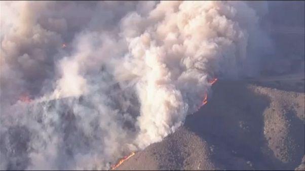 Légi felvétel a kaliforniai erdőtűzről