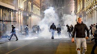 اعتراضات خشونت آمیز علیه محدودیتهای کرونایی در شهر تورین ایتالیا