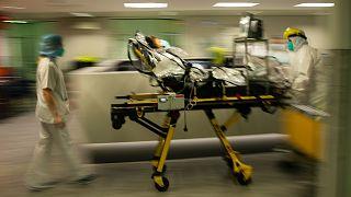 Betegek átszállítása a liège-i kórházból