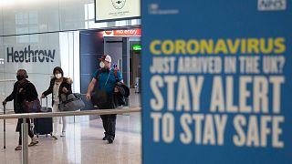Kéthetes karantén vár a külföldről érkezőkre az Egyesült Királyságban