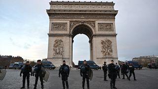 Paris'teki Zafer Takı