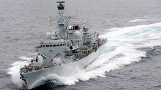 İngiltere donanmasına ait firkateyn