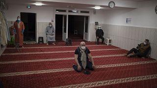 داخل مسجد في فرنسا