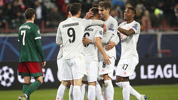 Les joueurs du Bayern Munich célébrant le but de Joshua Kimmich, lors de leur victoire face au Lokomotiv Moscou en phase de groupes de la Ligue des champions, le 27/10/2020
