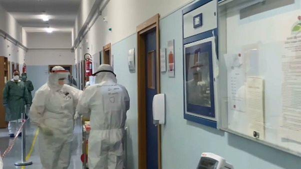 Hospital impede doentes Covid-19 de morrerem sozinhos