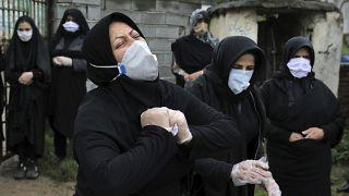 کرونا در ایران همچنان هر روزه قربانیان زیادی میگیرد
