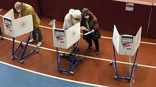 Des électeurs votent de manière anticipée le 27 octobre 2020 à New York.