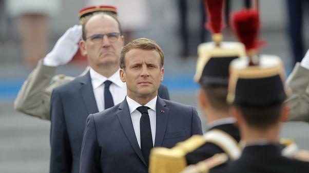 الرئيس الفرنسي إيمانويل ماكرون ورئيس الوزراء الفرنسي جان كاستكس