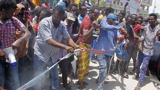Mogadiscio s'enflamme contre les déclarations du président français