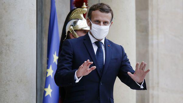 Macron: Fransa'da ikinci Covid-19 dalgasına karşı tekrar karantina uygulaması başlıyor