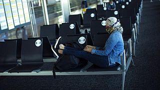 Koronavirüs salgını havayolu taşımacılığını sekteye uğrattı