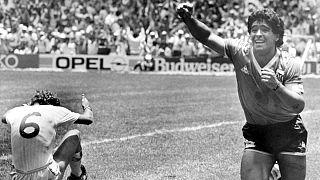 شادی مارادونا پس از گل معروف به انگلیس در جام جهانی ۱۹۸۶