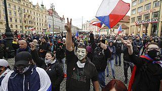 Protesta en Praga contra las restricciones impuestas por el Gobierno checo