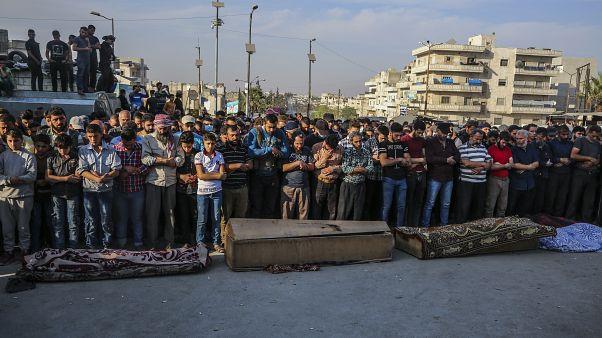 Συρία: «Βροχή» βομβών και πυραύλων σε Ιντλίμπ και Χαλέπι
