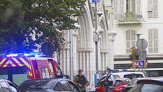 La scena dell'attacco davanti alla basilica di Notre Dame di Nizza