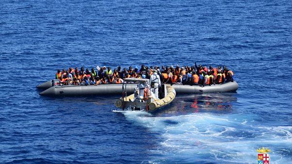 Göçmen botu (arşiv)