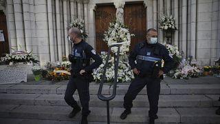 ویدئو؛ ادای احترام به قربانیان حمله شهر «نیس» فرانسه