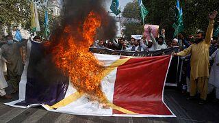 Во многих мусульманских странах начались акции протеста