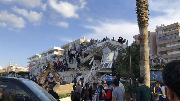 Izmir nach dem Erdbeben
