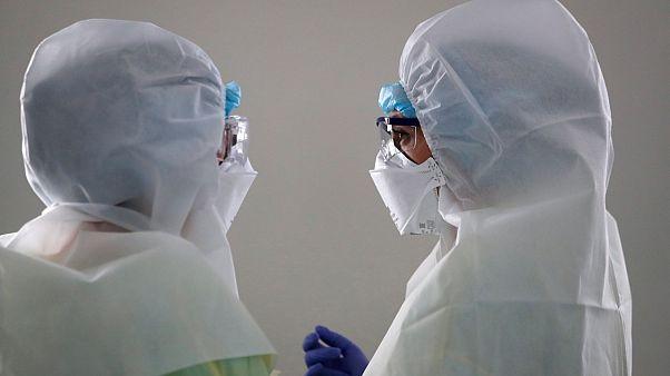 أكثر من تسعة ملايين إصابة مثبتة بكوفيد-19 في الولايات المتحدة